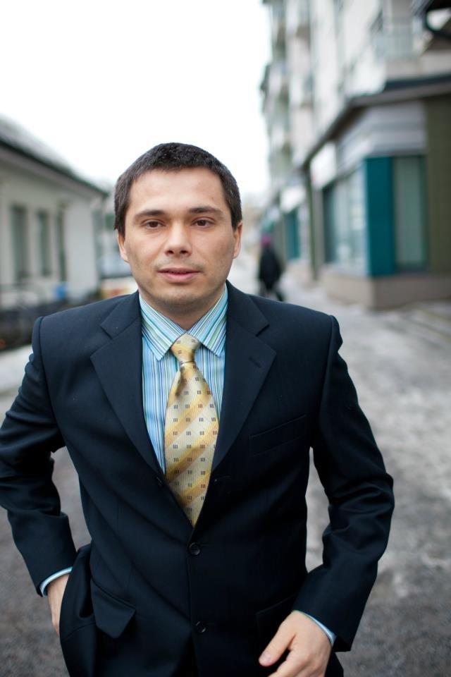 Руслан Бах