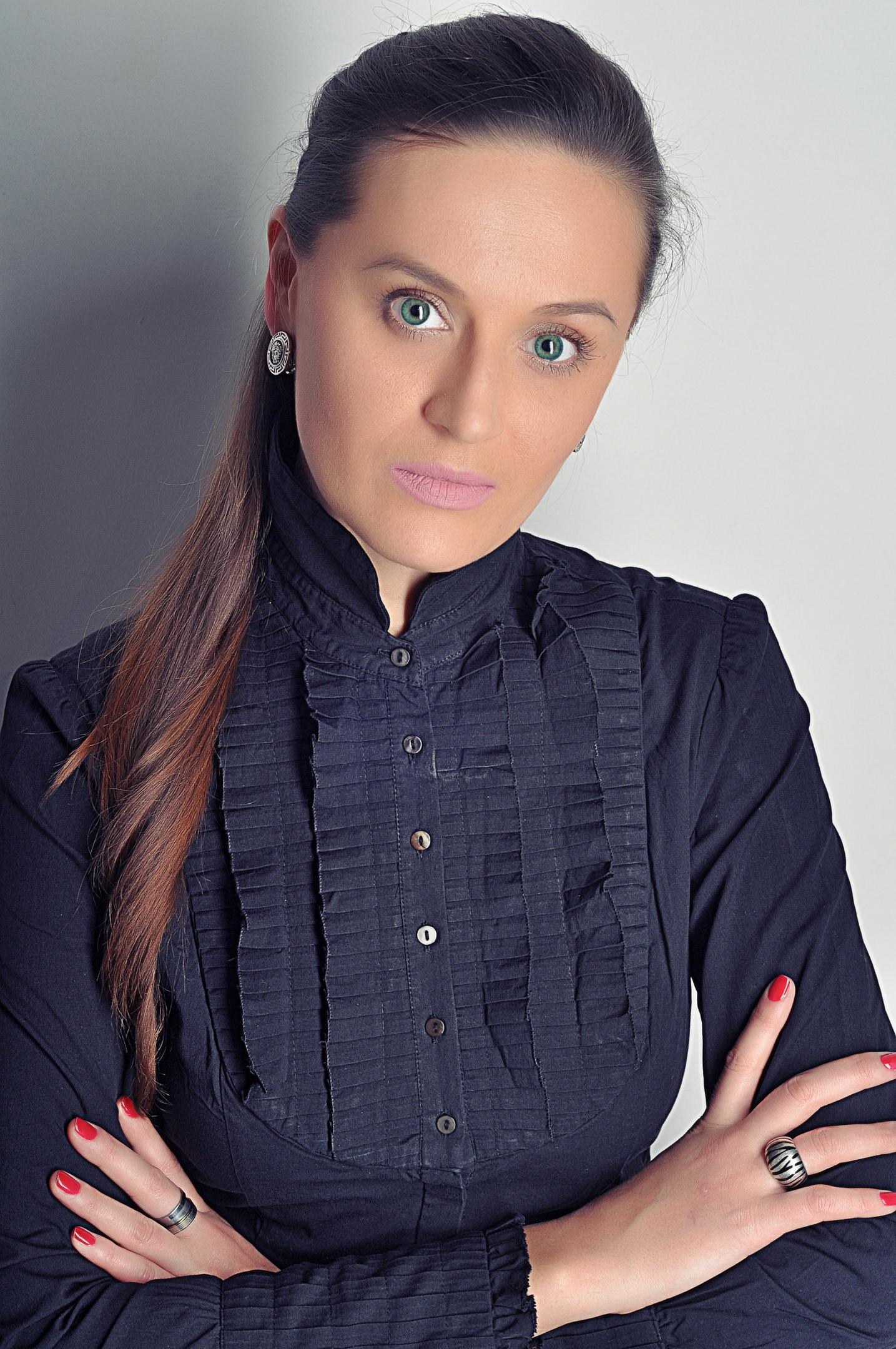 Алёна Шефина