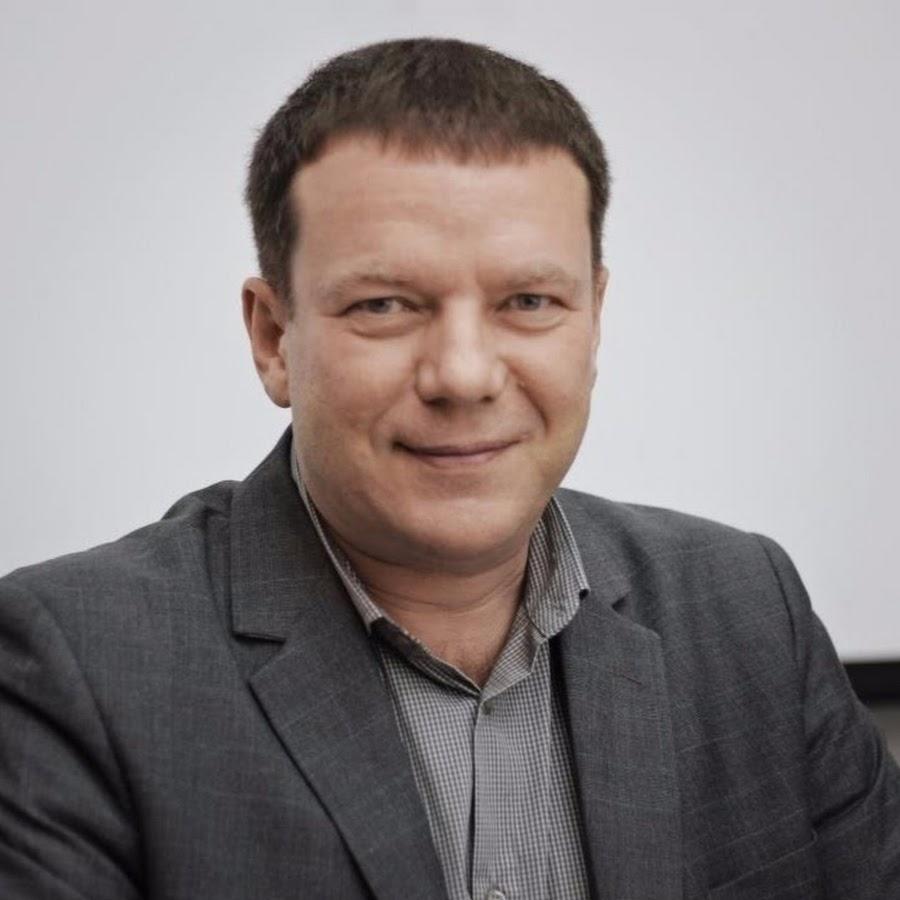 Игорь Иванилов